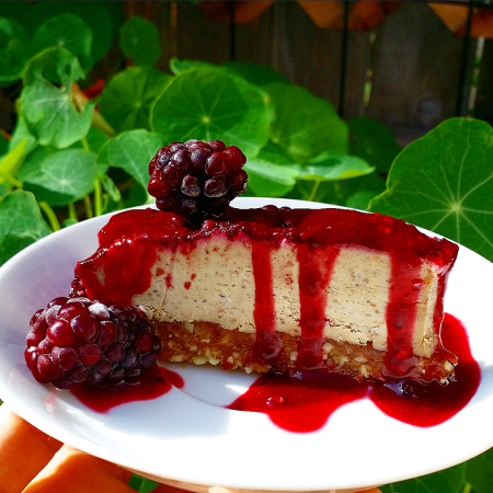 Raw Blackberry Cashew Cheesecake