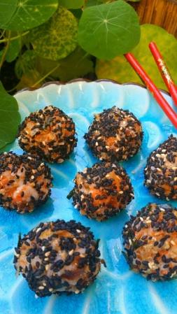 sushi balls pic 1