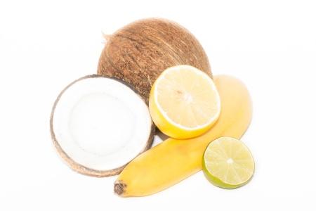 кокос, банан и лимон